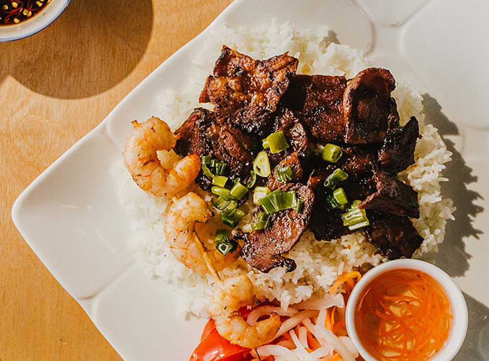 47. Grilled Pork & Prawns on Rice